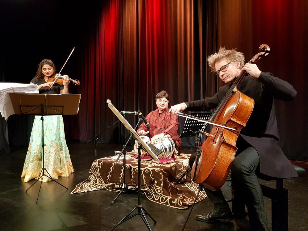 Ava Rebekah Rahman, Violine Matthias Diener, Violoncello und Debasish Bhattacharjee, Tabla